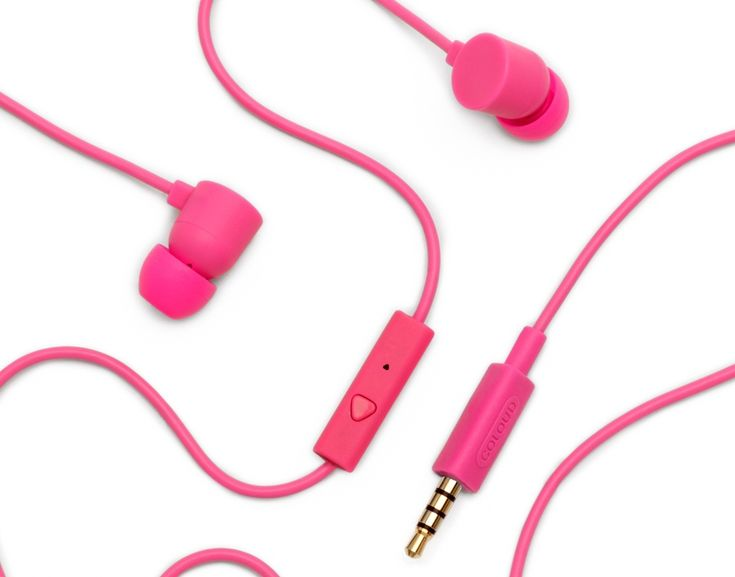 Coloud: Colors In-Ear Headphones Review & Giveaway | Alena Belleque for Freckleberry Finds