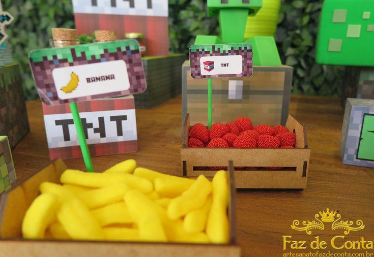 O jogo Minecraft já é febre mundial. E chegou a hora de você levar para casa essa decoração para personalizar a festa de aniversário do seu filho.Aluguel ...