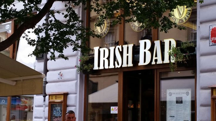 Prague Irish Bars offer friendly service, good beer and generally good food. I list a few of my favourites for food and sports viewing.