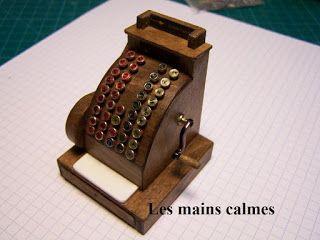 les mains calmes: Caisse enregistreuse