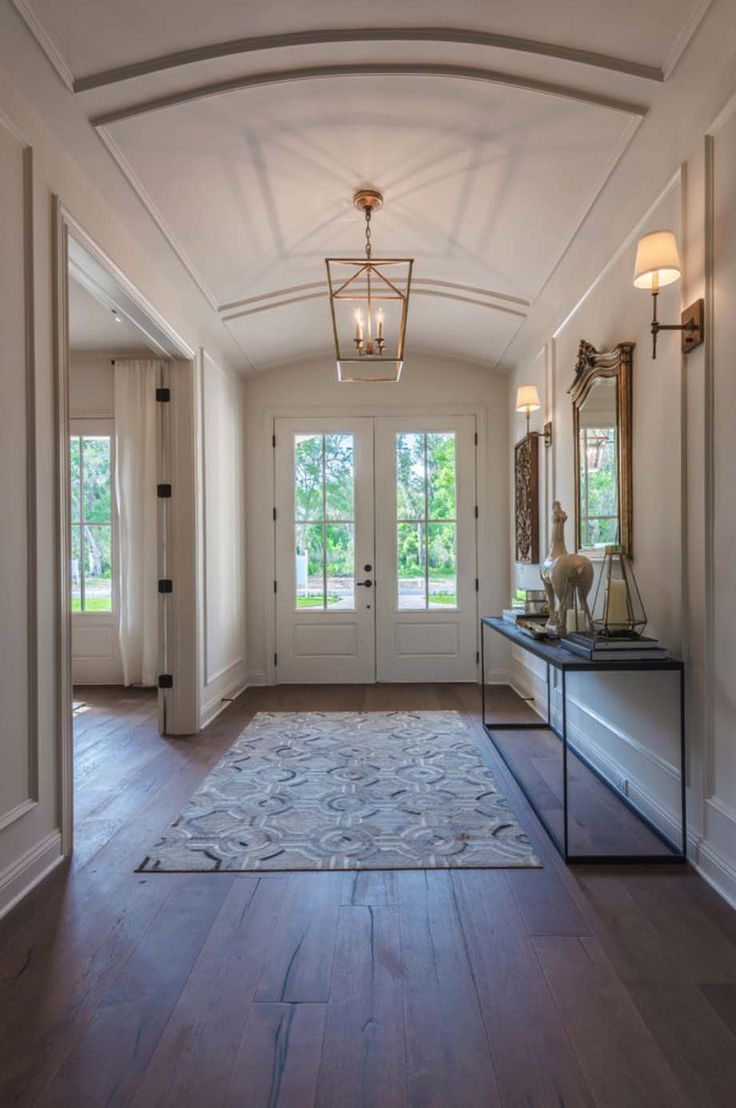 Best 20 Foyer Design Ideas On Pinterest Foyer Table Decor Small Entrance Halls And Entry