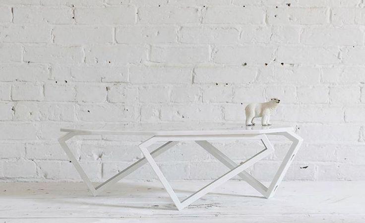DIY Designer-Tisch aus Marmor. Mit dieser Anleitung einfach selber bauen. #diy #design #love