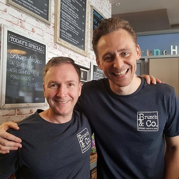 """""""Tom did well at his job trial, but he's decided to stick with acting for now... Tom Hiddleston"""" Source: https://www.facebook.com/brunchco/photos/a.270900933056052.1073741828.256460041166808/1004827496330055/?type=3&theater Via hiddlestonredalert.tumblr"""