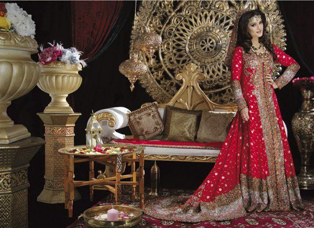 The first trend in traditional pakistani red bridal for Pakistani wedding traditions