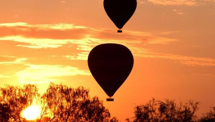 Enchanting! Ride with balloon in Alice springs    uluru.travel