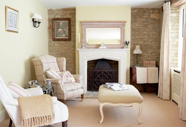 This 1860 Cotswold stone cottage in Oxfordshire was voted Best Cottage in magazine Period Living Readers' Awards 2010.