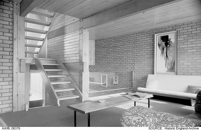 AA98/06376 Interior view of a post war semi detached house by David Dry.  Popes Grove, Strawberry Hill, Greater London Authority, TW1   Date1945 - 1980 Photographer: Eric De Mare.  Please click the image to explore our collections further.
