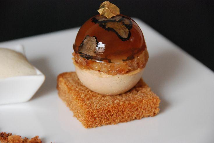boule de foie gras, gelée champagne, poires caramélisées, sabayo 019