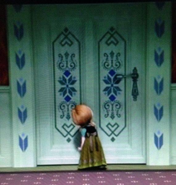 Princess elsa bedroom door stencil templates stencil for Room design elsa
