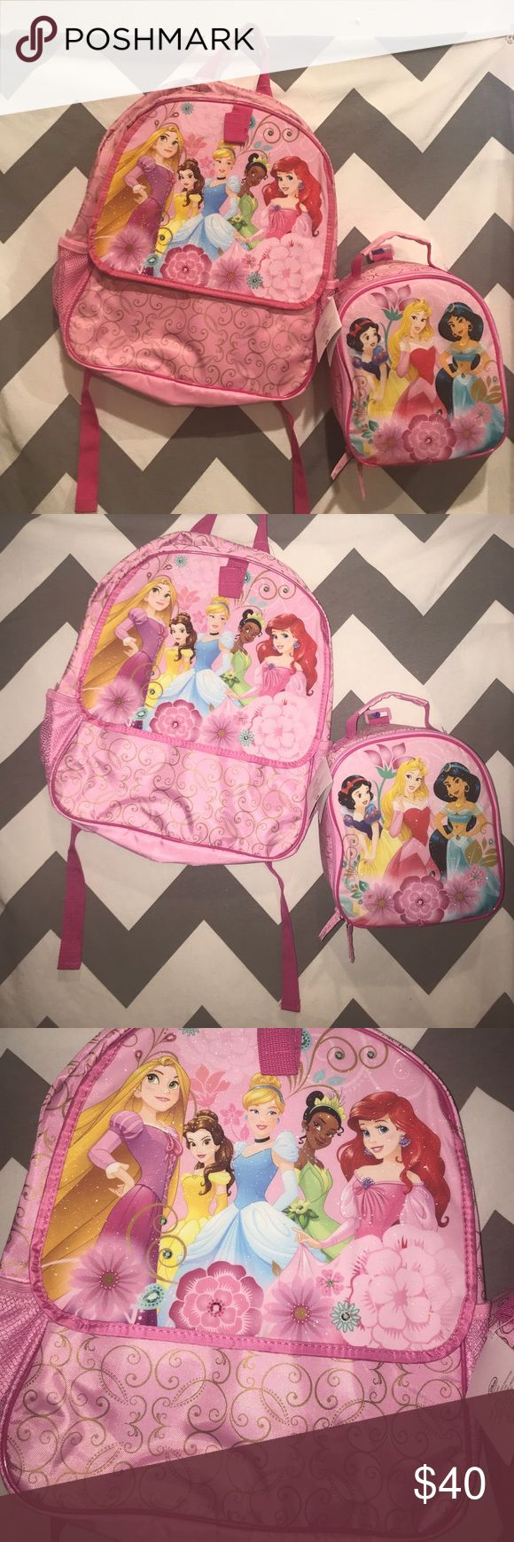 Princess backpack with detachable lunchbox NWT Disney princess lunch box and backpack… Lunchbox is detachable…Bundle & Save .....Please ask questions ... Accessories Bags