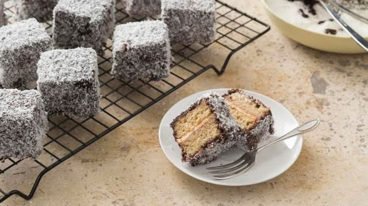 How to make gluten-free lamingtons in a thermomix