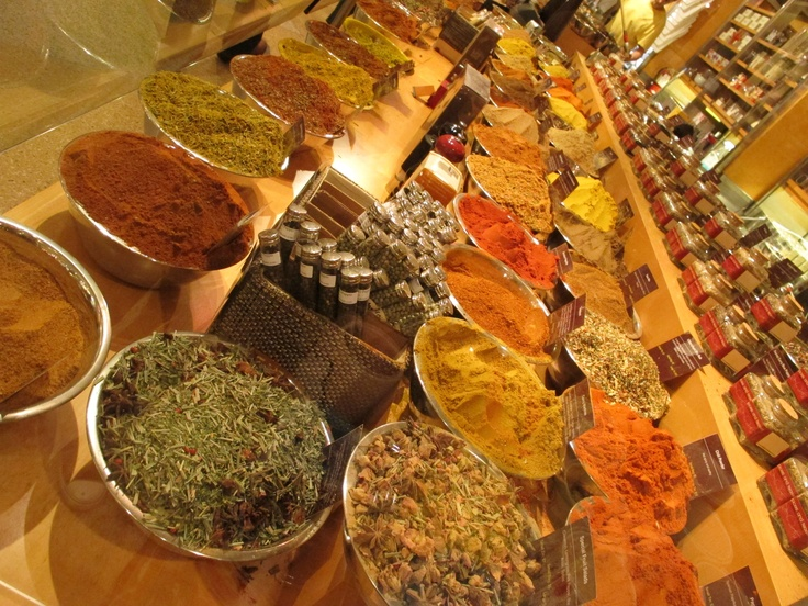 Spices at Grand Central Market, New York   Photo by Emiliano López