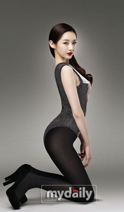 Davichi member Kang Minkyung is the newest model for cosmetics brand 'DHC Korea'. #allkpop #kpop