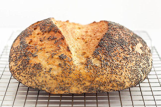 pan-integral-con-semillas-de-amapola                              …