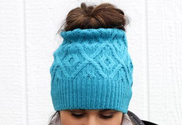 DIY Bun Ponytail Hat from an Old Sweater  cba757671f86