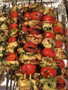 Grilled chicken pesto kabobs!!! So good!!! 21 Day Fix approved!