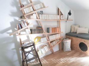 DIY Bibliothèque Mikado • Hellocoton.fr