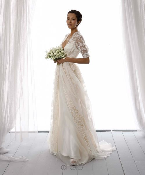3/4 sleeve lace overlay wedding gown by Le Spose di Gio 2014 - Italy