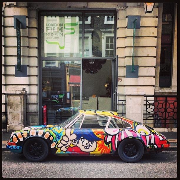 Groovy Porsche 911 in London!