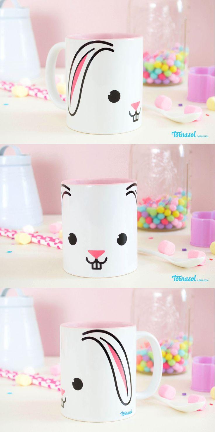 ¡Taza Conejo! Taza de ceramica con interior rosa e impresa con carita de conejo. #taza #conejo #bunny #cute #pink #rosa #regalo #original #tornasol #veracruz #cup #coffee
