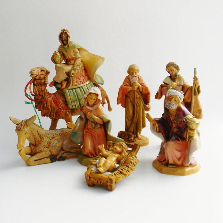 fontanini nativity scene the holy family 9 piece set. Black Bedroom Furniture Sets. Home Design Ideas
