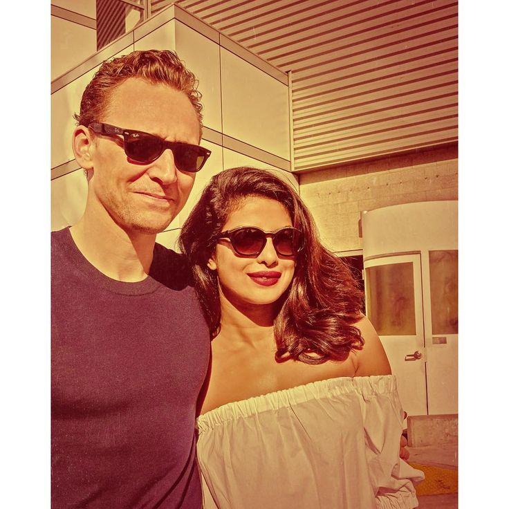 "tomomuscionico: ""Heartbreakers"" ... Tom Hiddleston & Priyanka Chopra. Backstsge @ the EMMYS ©2016 TOMO  https://www.instagram.com/p/BLTCklYD7WW/"