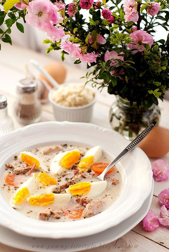 Żurek na zakwasie. / Traditional polish sour rye soup.