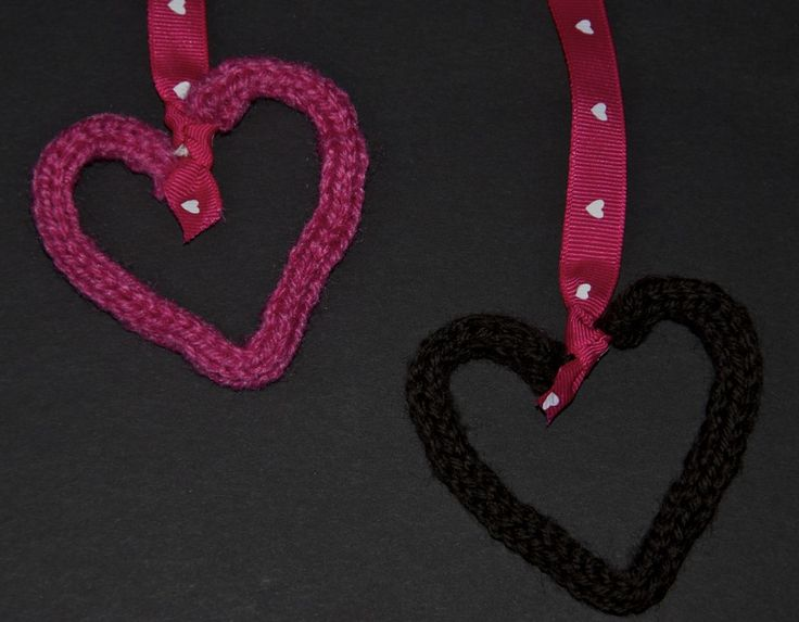 Use a knitting nelly and pipe cleaners to make these cute heart ornaments.