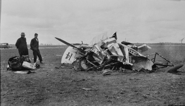 088660PD: Aeroplane crashed in a field near Albany, ca. 1920.  http://encore.slwa.wa.gov.au/iii/encore/record/C__Rb3973042__S088660PD__Orightresult__U__X3?lang=eng&suite=def