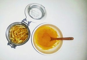 """""""Let food be thy medicine and medicine be thy food."""" -Hippocrates. Natural Remedy for Cold & Soar throat = Turmeric + Honey! (www.naturalnibs.com)"""