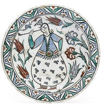 AN IZNIK POTTERY DISH OTTOMAN TURKEY, FIRST HALF 17TH CENTURY