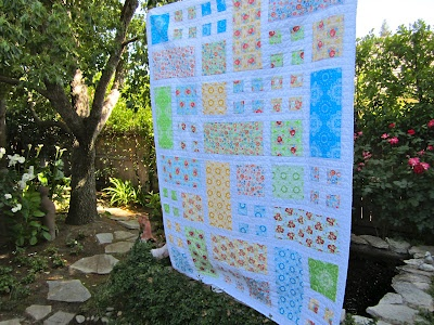 20 best Patio images on Pinterest   Craft rooms, Easy quilts and Mochi : taking turns quilt - Adamdwight.com