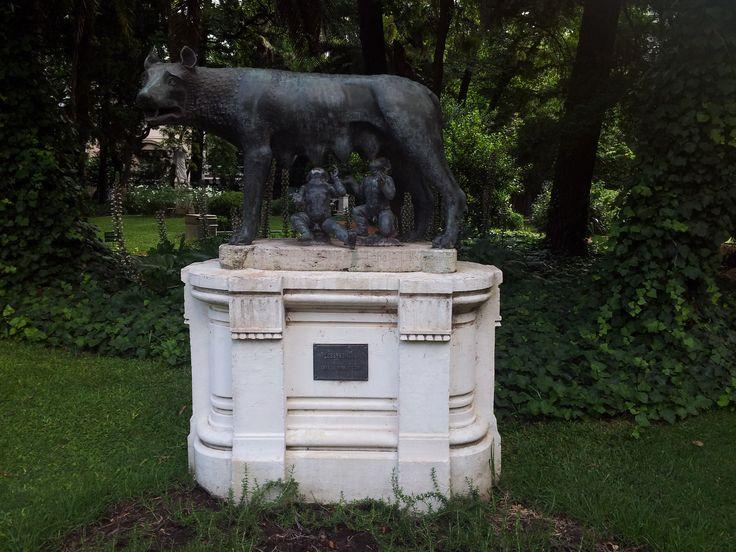 Romulus&Remus,Buenos Aires,Argentina