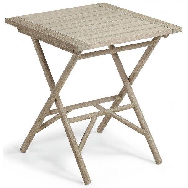 Piccolo tavolo pieghevole, in legno di eucalipto trattato per esterno. Intimo e grazioso, da abbinare alle sedie della stessa linea. Per una serata romantica e indimenticabile, all'aperto nel vostro giardino, balcone o terrazzo.