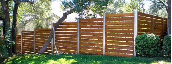 Horizontal Use Wood Posts Not Steel Hardscape Landscape