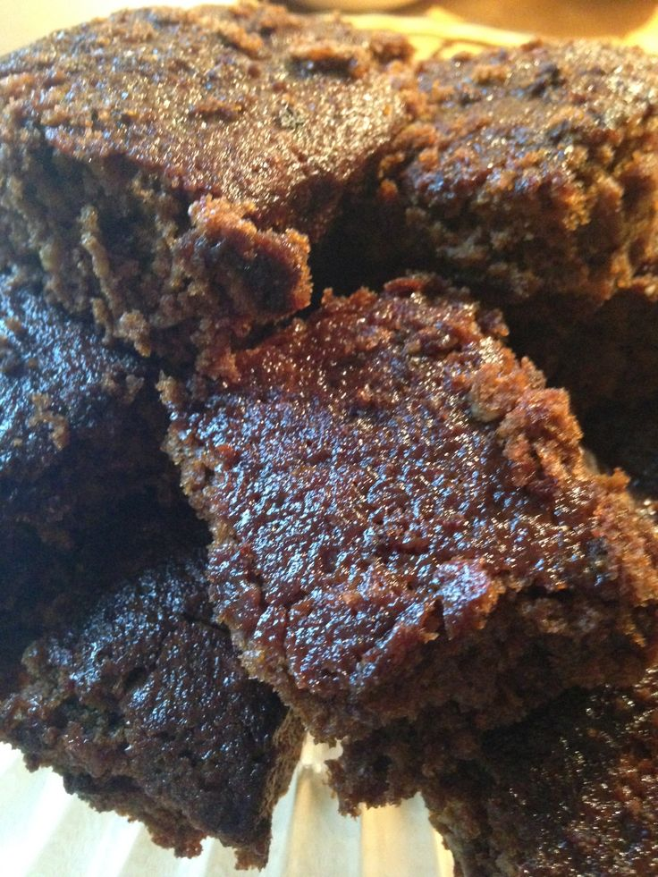 Traditional Yorkshire Parkin recipe - Perfect for Bonfire Night www.thewobblyjelly.wordpress.com