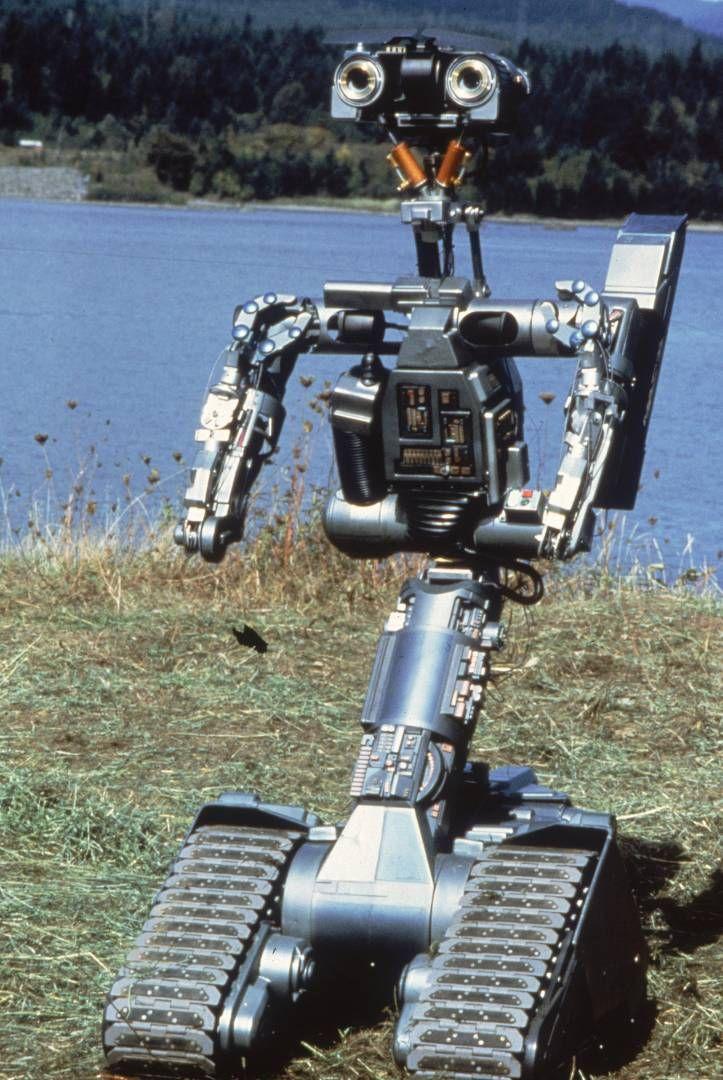 Nº 5/Johnny Five - Short Circuit: O Incrível Robô - 1996