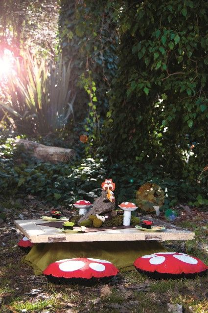 Fantasy forest party: A forest or wooded area is the best setting for a fantasy forest party. If you don't know of such a place, you can set up under a tree in your garden, or use a green background if you're setting up indoors.
