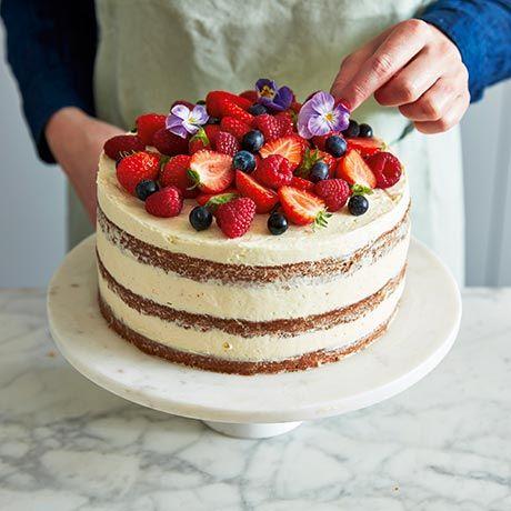 Layer cake sommartårta | ICA Buffé