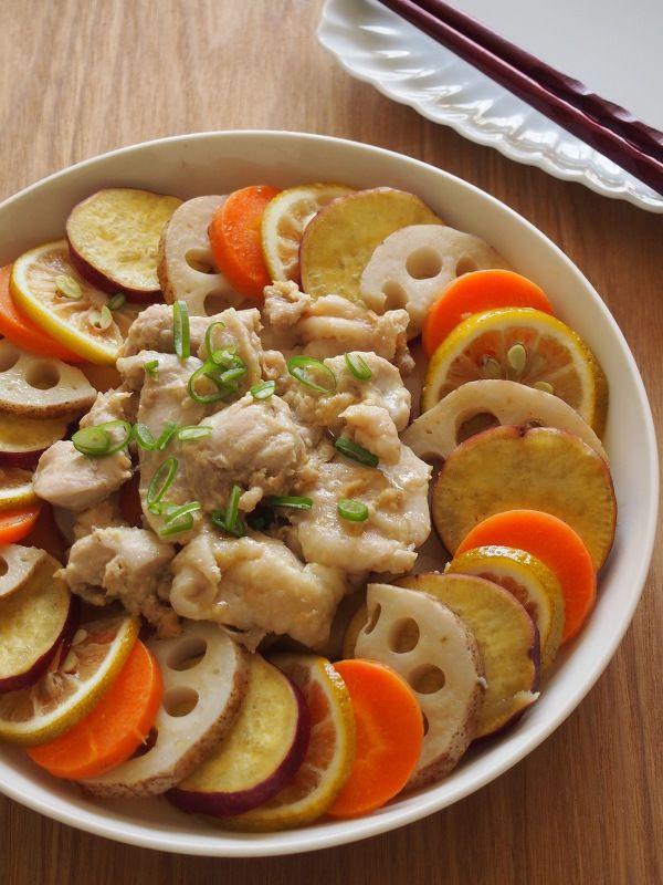 電子レンジで♪根菜と味噌鶏のオイル蒸し
