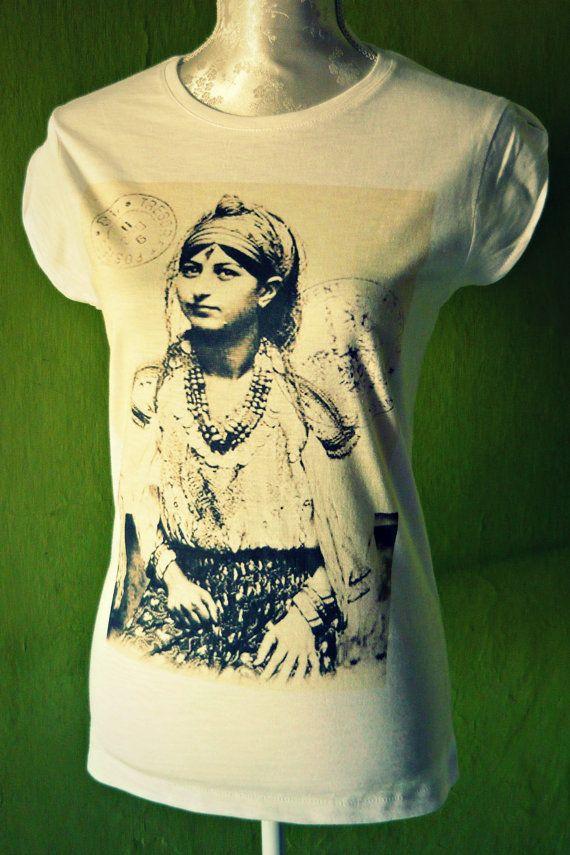 Cut tshirt vintage Morocco's girl cut tshirt sexy by Artemisya
