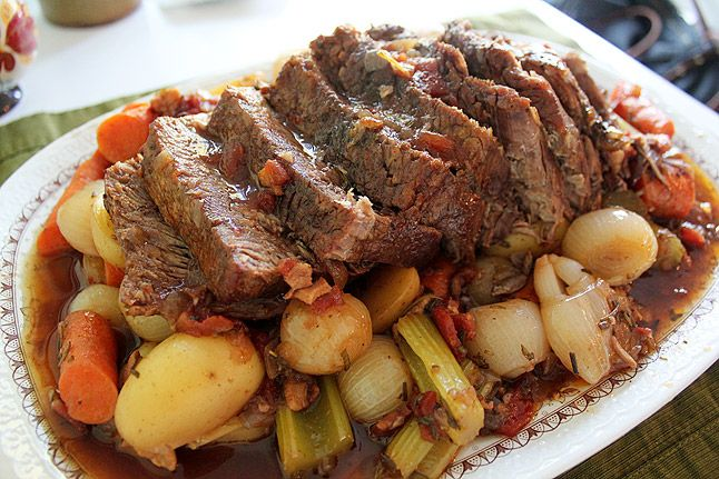 Yankee Pot Roast - pepper Started on the stove, xfrrd to crock pot. I added slices of red and used Merlot as that's all I had on hand.