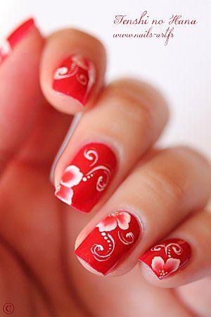 summer nails in bright red #nailart #nails
