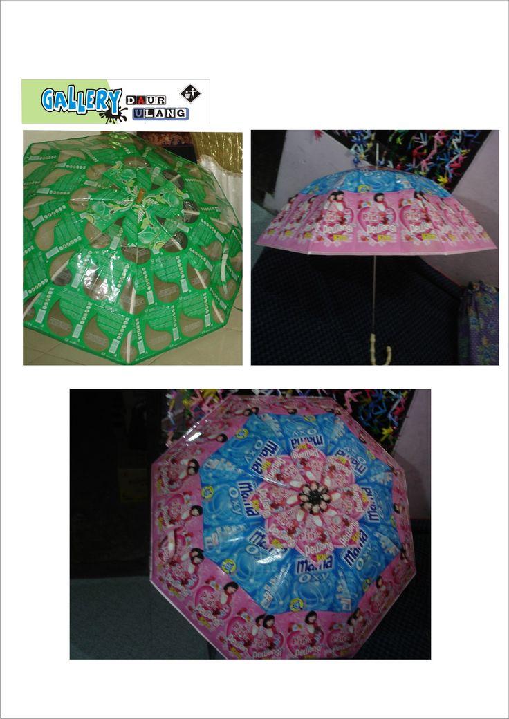 Payung daur ulang plastik