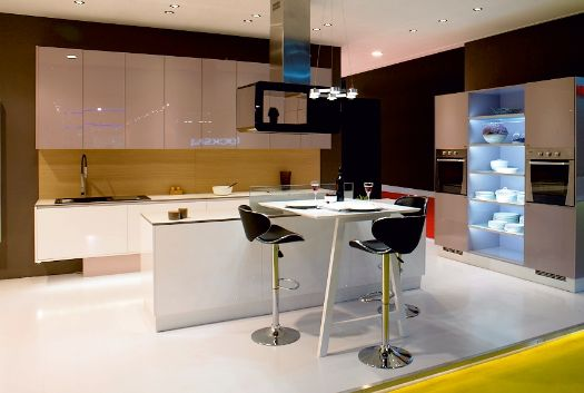Get Modular kitchen manufacturer in Delhi at Raem Designs! They supply and manufacture Modular kitchen in Delhi, India at affordable prices. Contact now 1800-2003-123 toll free number for more queries.