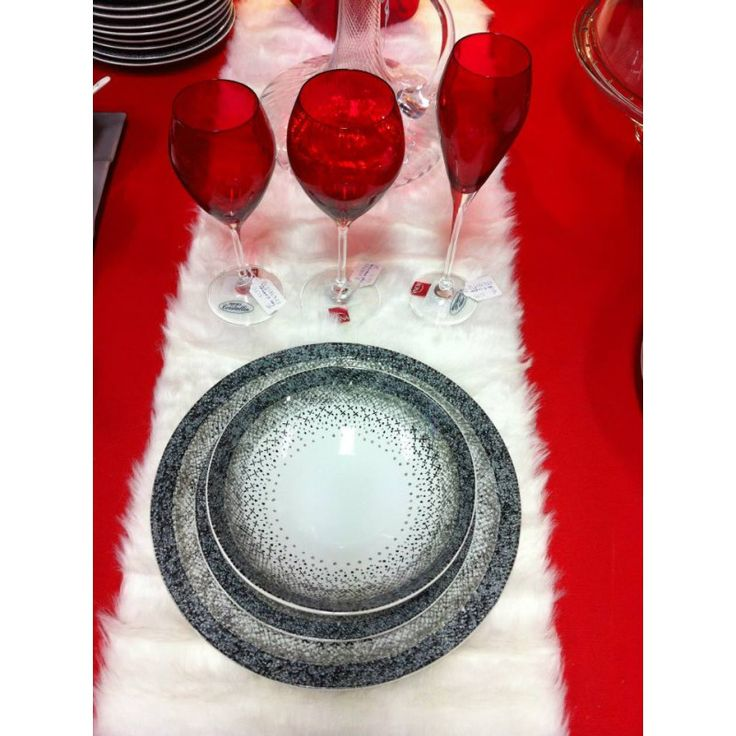 """Assiette creuse / calotte collection """"Stella"""".  En grès, diamètre 19 cm.  Superbe qualité pour une table raffinée !"""