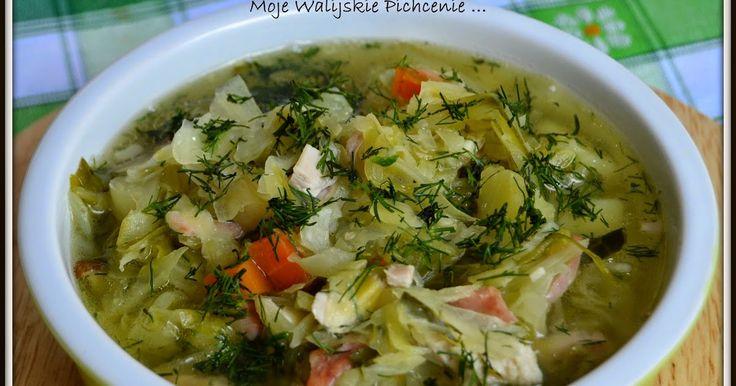 Najpyszniejsza wiosenna zupka ... delikatna, pachnąca latem, polskimi warzywami, słońcem,  ... i domem rodzinnym :))   Gotuje ja do bólu,...