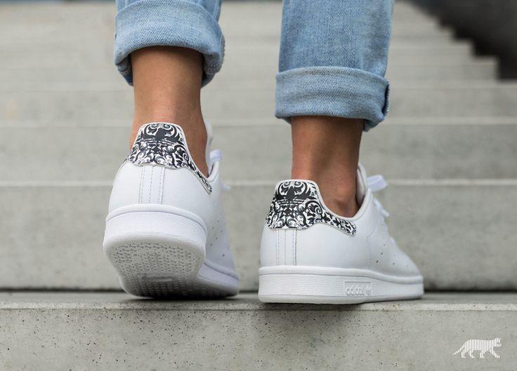 Farm Company x Adidas Stan Smith Women's Floral Mosaic Shoe ...