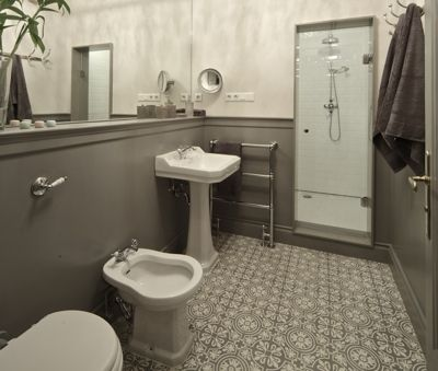 Krudy Luxury Apartment Budapest - a separate full bathroom with shower