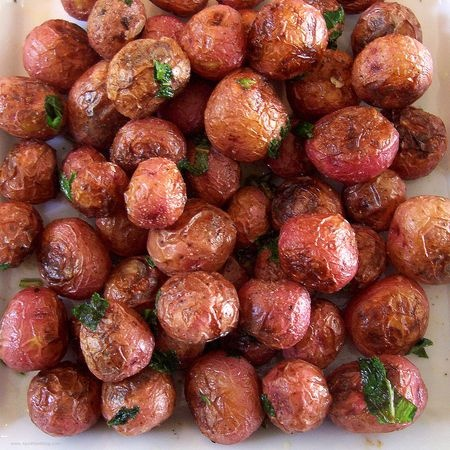 Roasted Red Potatoes with Garlic, Lemon, and Mint - perfect side dish for my steak tonight.